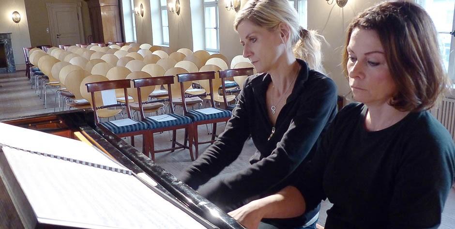 Schloßkonzert 3.10.15Anna & Ines Walachowski