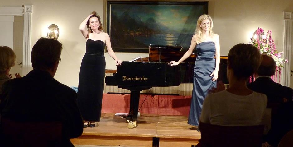 Schloßkonzert 3.10.15 Anna & Ines Walachowski